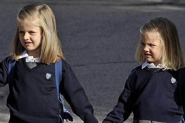 school-uniform-carlos-alvarez-getty-630x420.jpg?w=600&h=0&zc=1&s=0&a=t ...