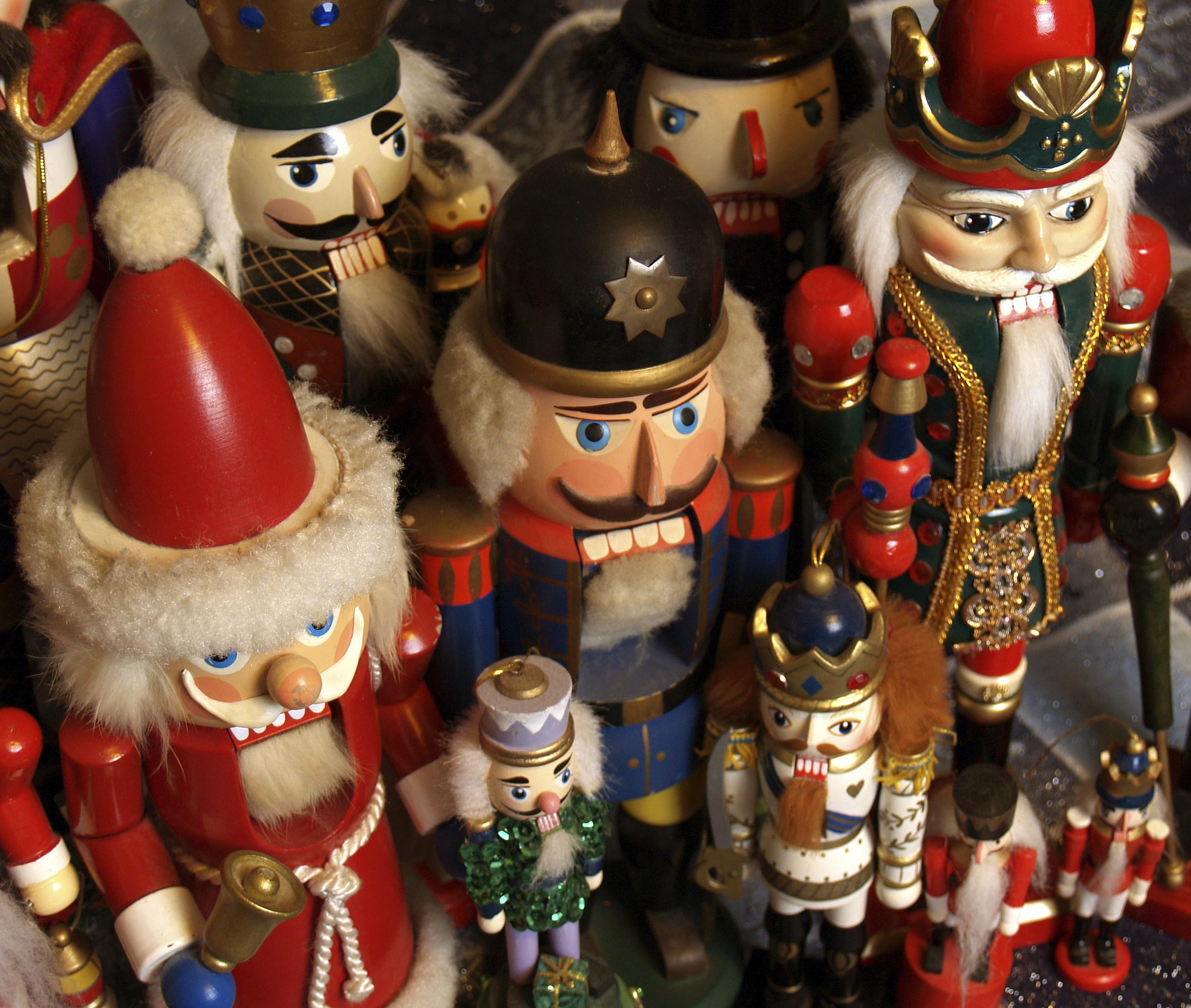 Christmas Traditions at Frederik Meijer Gardens Begins November 24